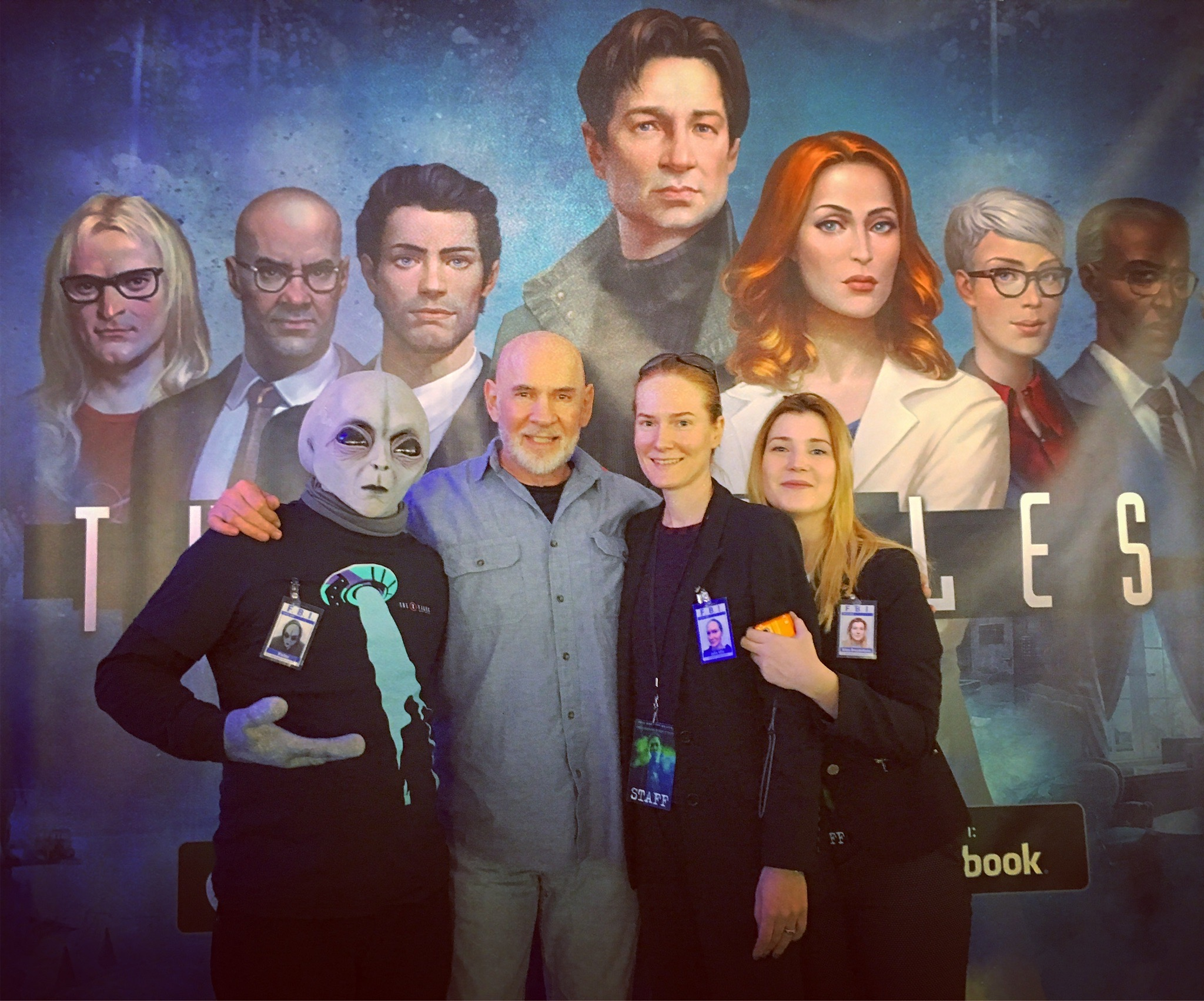 """""""Mitch Pileggi (the show's Assistant Director Walter Skinner) came wondering by – only to see his illustrated face staring back at him from 'The X-Files: Deep State' banner."""""""