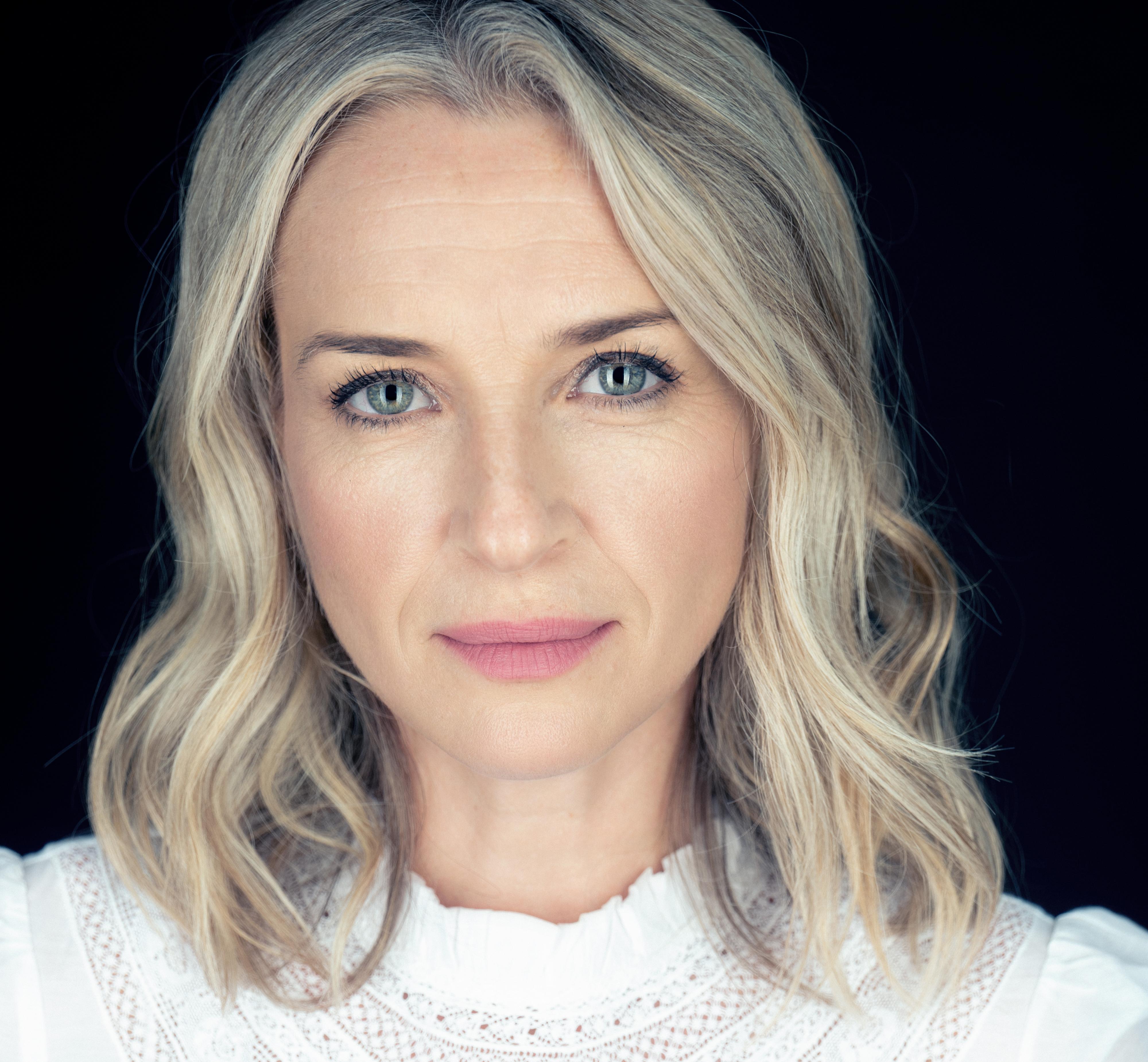 Ever Carradine: Ever So Talented Actress - Millennium Magazine
